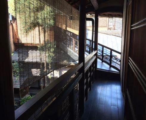 8)くろすけの廊下2