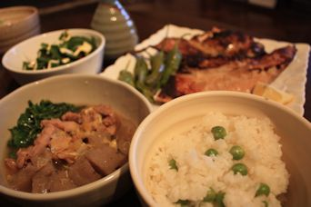 2014Marマグロカマ塩麹焼きと豆ごはん