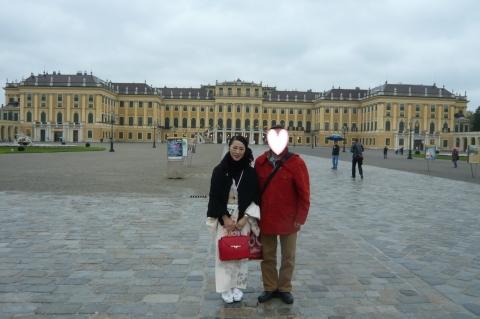 写真シェーンブルン宮殿二人