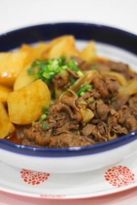牛肉と長芋のピリ辛煮1