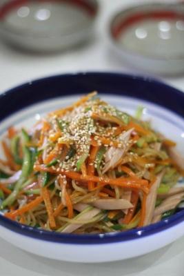 野菜たっぷりヘルシー中華風春雨サラダ
