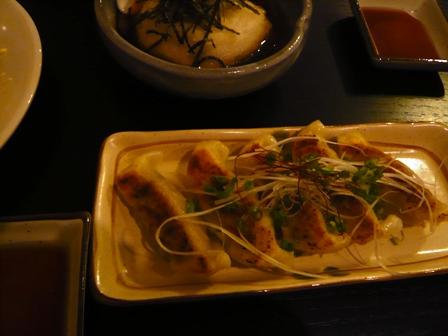 ぶんじ:餃子、ジーマミ豆腐揚げ出汁