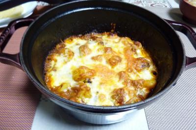 チキンとポテトのトマトソースチーズ焼き