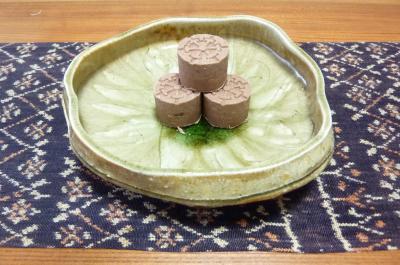 伊賀焼に和菓子
