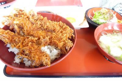 大エビのフライソース丼