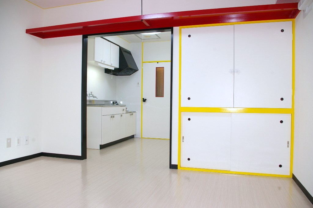 mickeyroom3