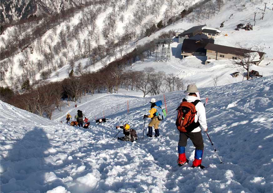谷川岳雪中捜索訓練(93)