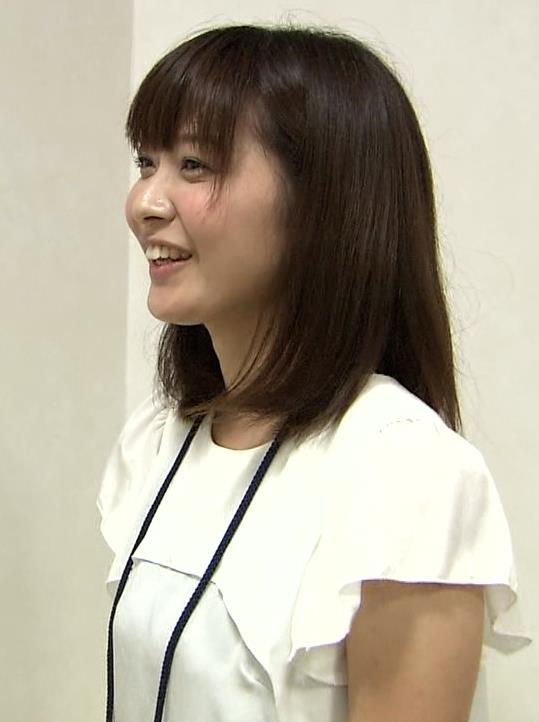 久冨慶子 横乳キャプ・エロ画像3