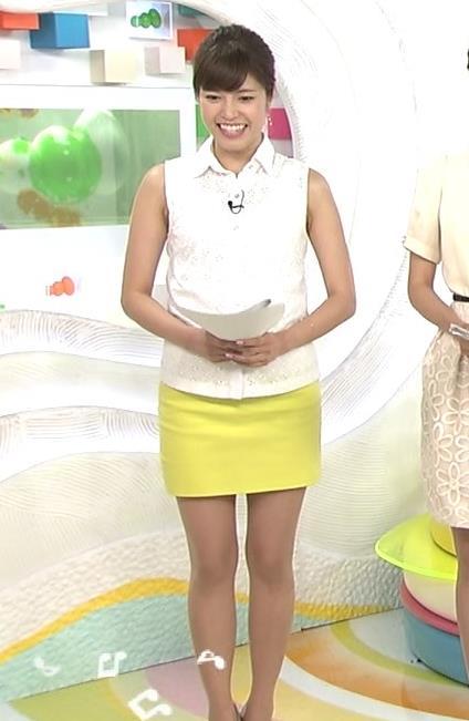 神田愛花 ミニスカ美脚