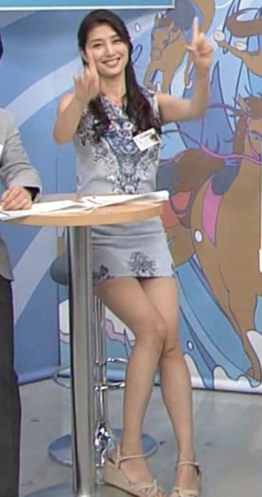 橋本マナミ ミニスカートキャプ・エロ画像10