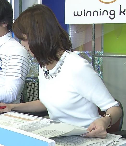 植田萌子 ミニスカートキャプ・エロ画像3