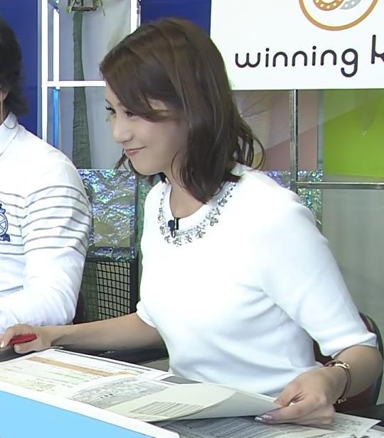 植田萌子 ミニスカートキャプ・エロ画像4