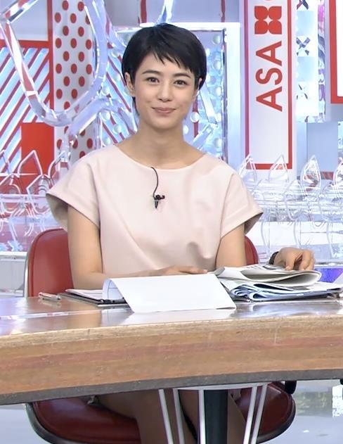 夏目三久 パンチラキャプ・エロ画像4