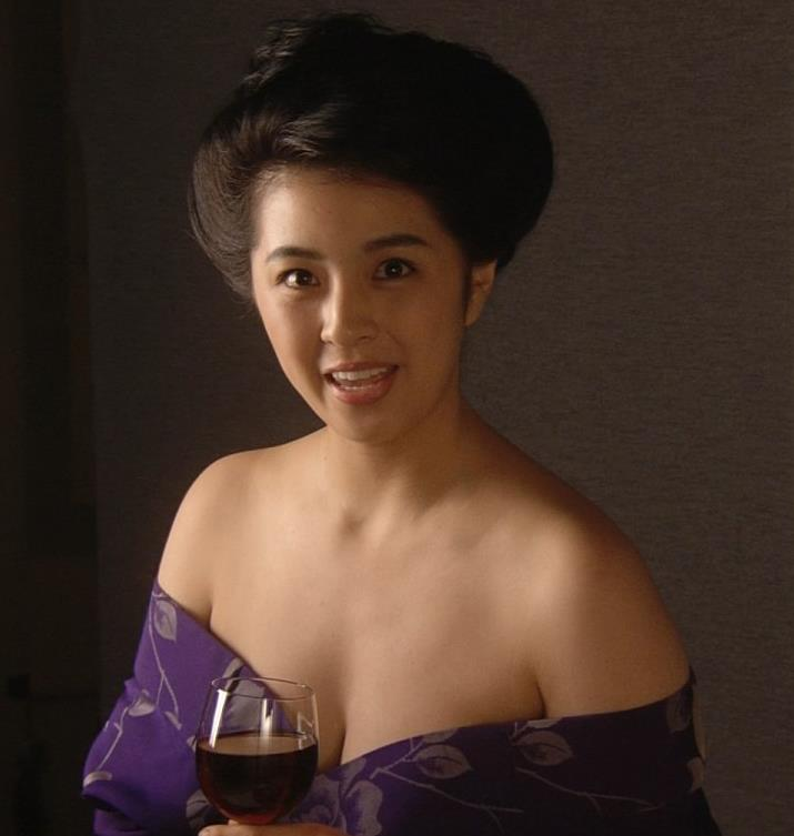 柳ゆり菜 話題のマッサンでのヌードキャプ・エロ画像2