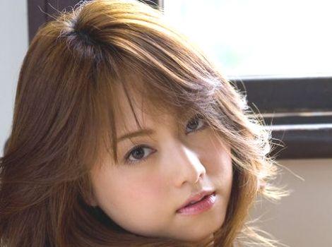 Akiho-Yoshizawagiekeaaa140214.jpg