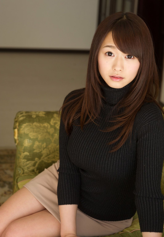 Av女優 エロ画像 Com 艶っぽいレースの下着姿白石茉莉奈ヌード画像40枚