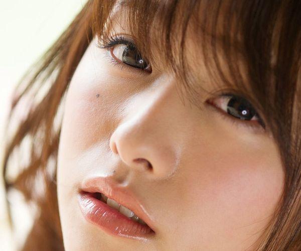 白石茉莉奈 巨乳で大きな乳輪がエロいAV女優のエロ画像.jpg