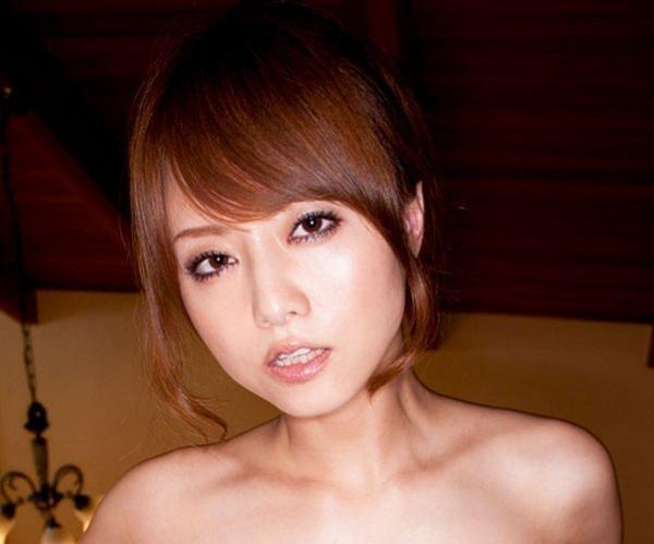 吉沢明歩 官能アイドル 人気AV女優のセクシー画像43枚