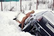 ロシア美女 雪中 野外露出ヌード画像 11
