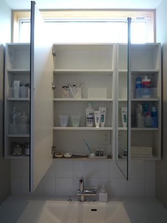 洗面室25