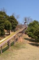 ピクニック広場の滑り台