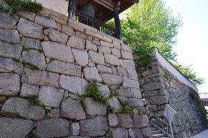 満舟寺の石垣