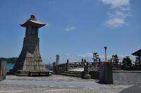 高燈籠と石の太鼓橋(すみよし橋)