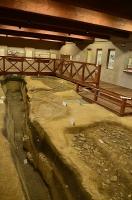 発掘された塩作りの遺跡