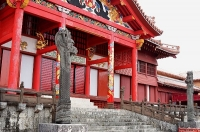 正殿前の龍柱