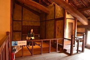龍馬が泊まったという隠し部屋の再現モデル