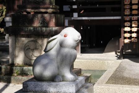 吽行の狛ウサギ_H26.02.09撮影