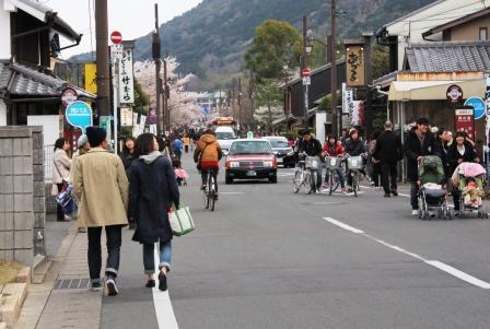 嵐山メインストリート_H26.04.05撮影