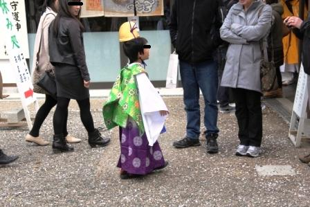 稚児姿の男の子_H26.04.06撮影