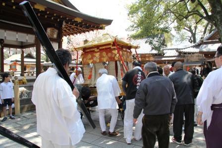 護王神社・神輿の支度_H26.04.06撮影