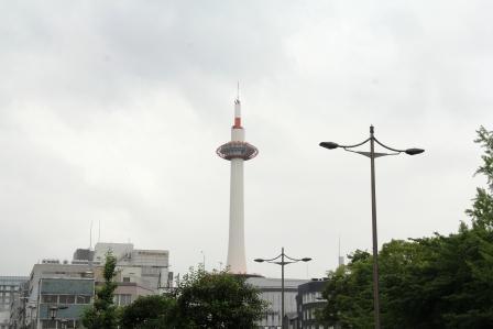 裏側の京都タワー_H26.06.07撮影