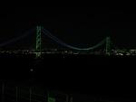 明石大橋のネオン