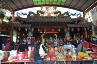 宜蘭四結福徳廟のお供え物140201