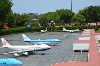 ジャンボジェットが並ぶ桃園機場140404