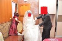 花嫁を寝室に監禁140426
