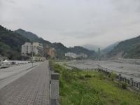 台東知本温泉に新しい橋工事中140428