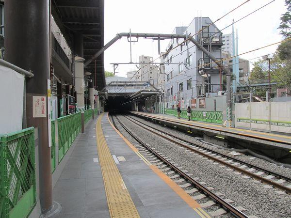 駅構内の線路全てがPCまくらぎ化された。