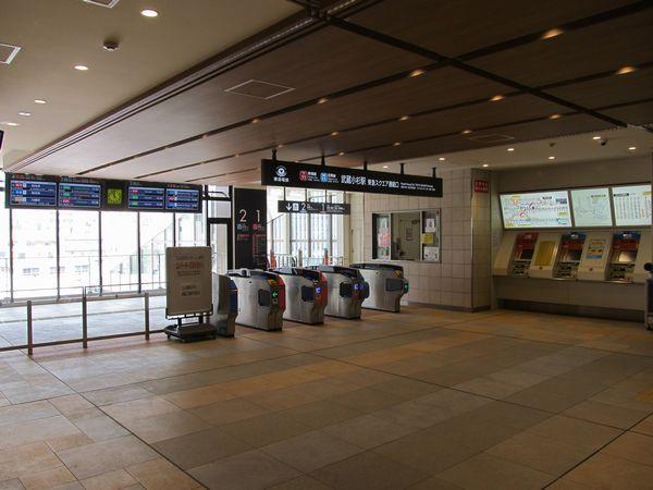 武蔵小杉東急スクエア4階に直結する「東急スクエア連絡口」