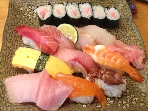 まる辰寿司ランチ1050円