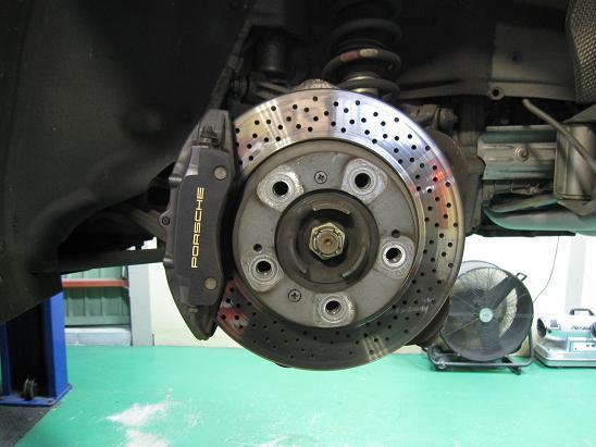ポルシェ 911 カレラ ブレーキ交換