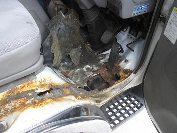 働く車、応援します! 溶接修理