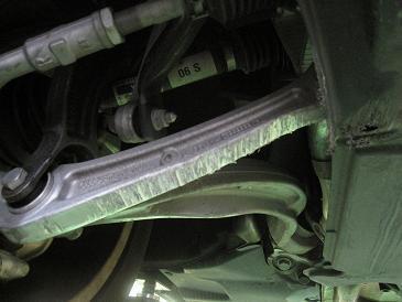 アウディ A4 事故修理&アライメント測定