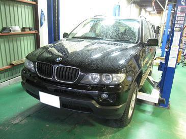 BMW X5 ブーツ交換で腕パンパン;;