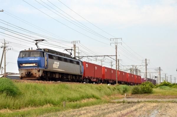 EF200-901が牽引する5099レ(2014年5月25日)