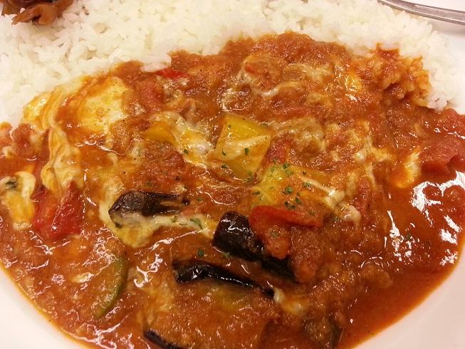 松屋フーズのモッツァレラチーズと夏野菜のカレー (3)