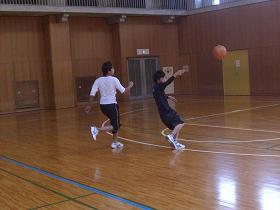 球技大会・バスケ2